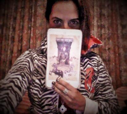 Tarot terapeutico. El Carro. The charriot . Sara Sara Peru - Copy